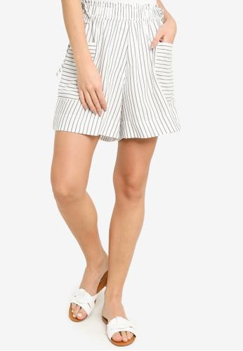 H&M white and multi Paper Bag Shorts C5BA6AAE4390CFGS_1