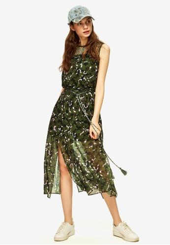 Hopeshow green and multi Camo Print Side Slit Midi Dress AFDA5AA6DF034EGS_1