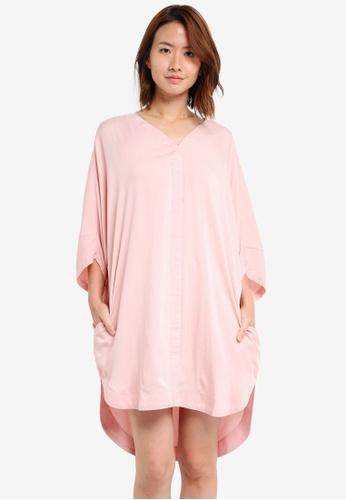ZALORA pink Dolman Sleeve Oversized Dress 409E5AA782E244GS_1