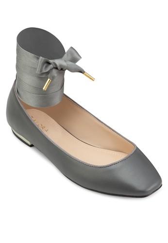 繞踝繫帶方頭平底鞋、 女鞋、 鞋ZALORA繞踝繫帶方頭平底鞋最新折價