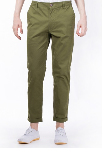 CONTROLLED COMMODITY green The Essential Chinos in Olive Green CO323AA22ZIBSG_1
