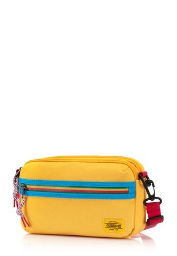 American Tourister yellow American Tourister Blake Utility Bag 5403AAC0E8ED79GS_1