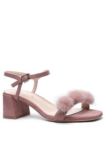 Twenty Eight Shoes Fur Ball Strap MId Heel Sandals 1800-30 F5F8ESHBD5D477GS_1