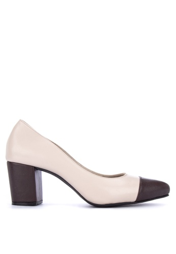 e10598c4cb7 Shop Suki Pointed Toe Heels Online on ZALORA Philippines