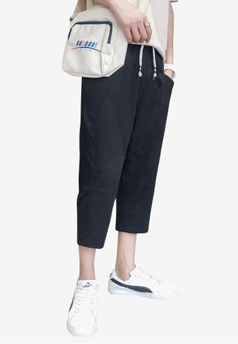hk-ehunter black Men Solid Colored Drawstring Fasten Calf-Length Pants 8B6AFAA60EBC52GS_1