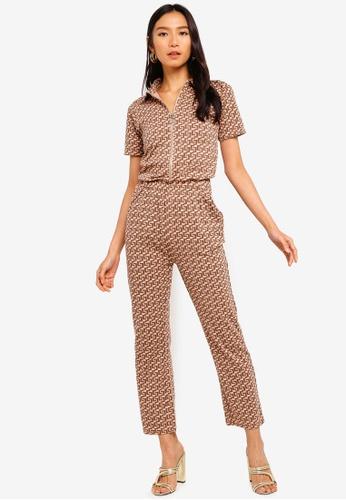 MISSGUIDED brown Printed Short Sleeve Zip Jumpsuit 0CF4AAA7330885GS_1