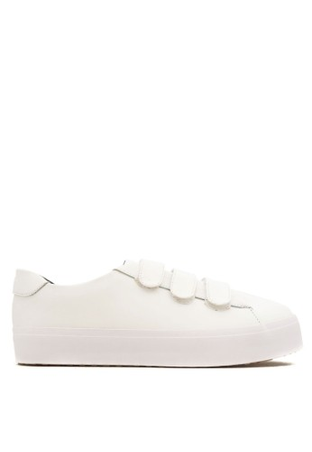 CDE white CDE Men Bran Sneaker in Perfect White CD965SH0VL0VID_1
