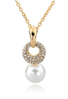 Circle Studded Pearl Necklace by ZUMQA
