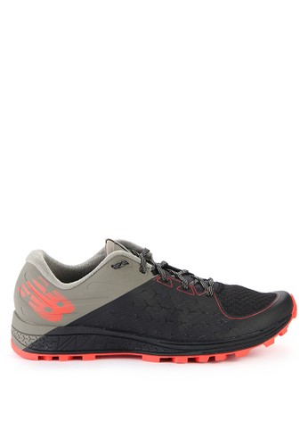 New Balance black and multi Vazee Sumit V2 NE382SH0WF96ID_1