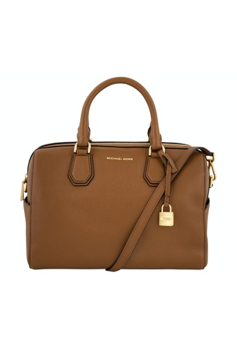 Michael Kors brown MICHAEL MICHAEL KORS MERCER MEDIUM LEATHER DUFFLE BAG D0E8AAC209F43BGS_1