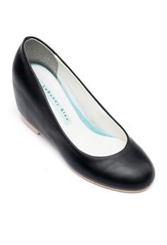 Kia Hidden Heels