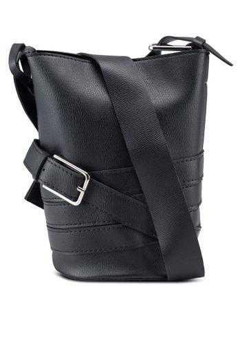 Berrybenka black Lumi Decca Bucket Bag D2636ACE415E7AGS_1