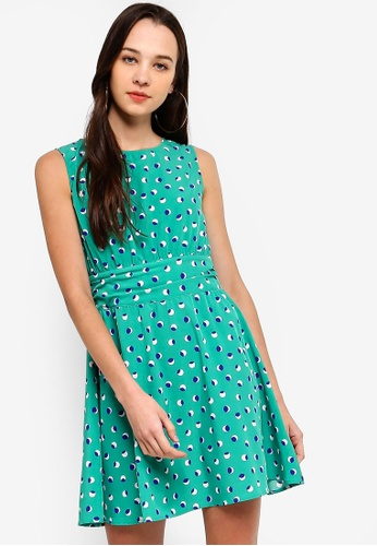 Something Borrowed 綠色 Pleated Back Fit And Flare Dress E59B4AA5C9D6C7GS_1