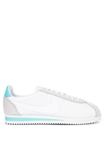 purchase cheap cabda 9c15f Women's Nike Classic Cortez Nylon Shoe Women's Shoe