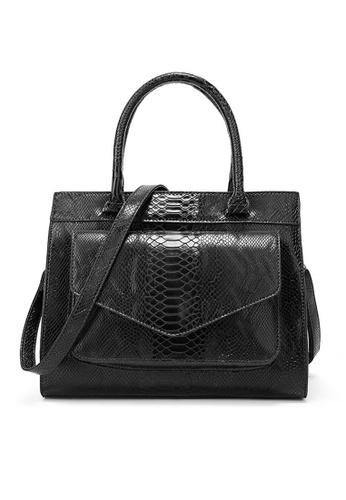 Twenty Eight Shoes black VANSA  Simple Snake Print Hand Bag VBW-Hb017 53DADAC5E41941GS_1