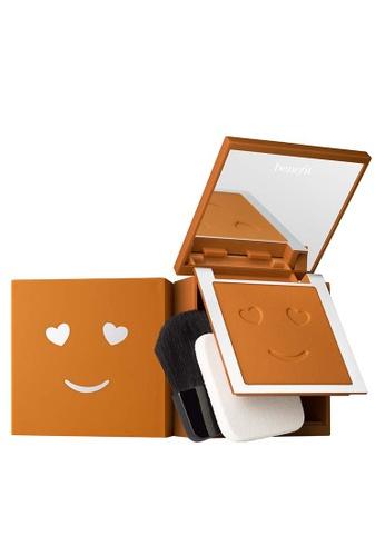 Benefit beige Hello Happy Velvet Powder Foundation Shade 10 67923BE23BA951GS_1