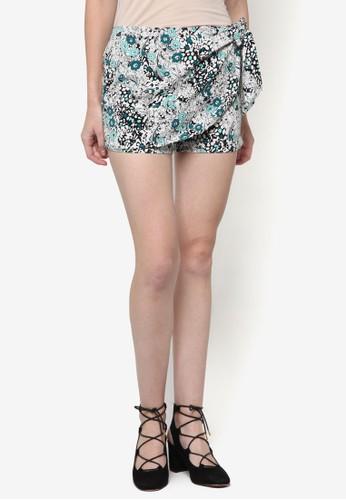 Dora 印花裹飾短裙、 服飾、 短褲ChaniraDora印花裹飾短裙最新折價