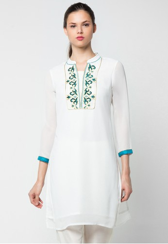 CHANIRA FESTIVE COLLECTION white Robina Embroidered Tunic CH354AA67BIIID_1