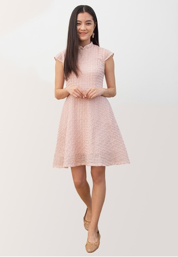 L'zzie pink LZZIE RATIH DETACHABLE COLLAR CHEONGSAM DRESS - PINK 49923AAC992C4EGS_1