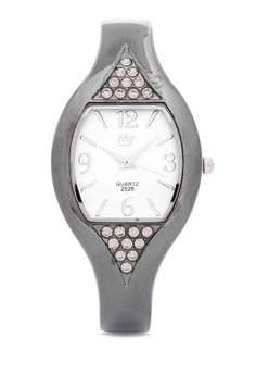 Quartz Analog Oval Watch