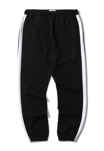 izzue black Slogan embroidered tape sweatpants AAAC3AAF01B117GS_1