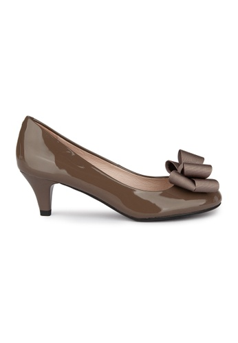 MAUD FRIZON brown Patent Mid Heel Pumps With Bow Detail 6A8B3SHA435BC7GS_1
