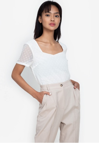 ZALORA BASICS white Sweetheart Neckline Short Sleeve Top 28DE8AAAB5F65AGS_1