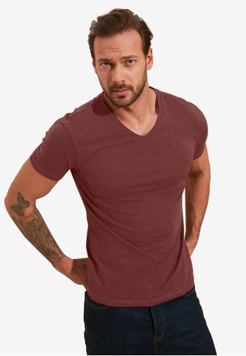 Trendyol red Basic V Neck Slim Fit T-Shirt FC699AA22FC3E9GS_1