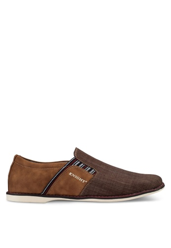 Knight brown Casual Slip Ons KN875SH98RGJMY_1