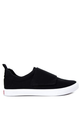 Italianos black Nigel Sneakers IT153SH95OPCPH_1