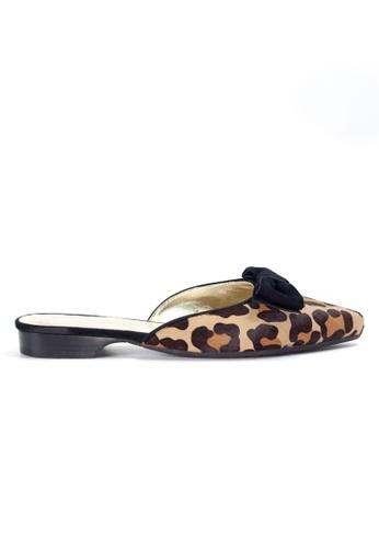 Shu Talk beige Leopard Pointy Mule Shoes with Bow SH397SH0GQOHSG_1