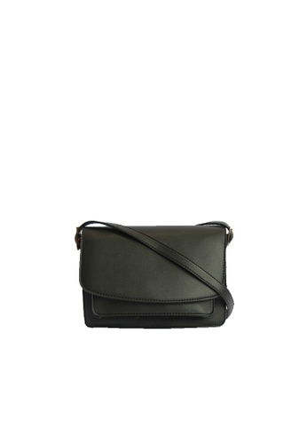 GreyPlus black Helva Crossbody Classic Bag 4C900ACEA01DB5GS_1