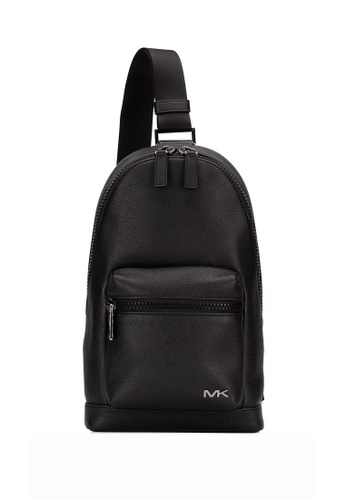 MICHAEL KORS black Michael Kors Cooper Leather Slingpack - Black E53A5AC75B9A3AGS_1