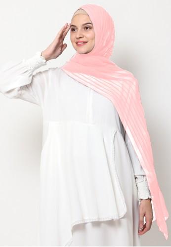 KASHKHA pink Pashmina Scarf Pleated by Kashkha / FLWSHCLSFCNM0020-Light Pink D8641AA6373A55GS_1