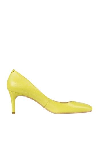 eq:iq yellow eqHAZEL Mid-heel Pumps 72F47SHEB92A7BGS_1