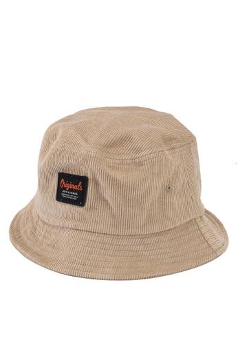 Jack & Jones beige Jaccody Bucket Hat 9E86EACF704AC1GS_1
