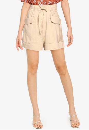 ZALORA BASICS beige Drawstring Shorts 8459CAAA118715GS_1