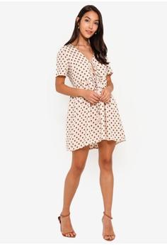 a30a2a6caa29 24% OFF Glamorous Cream Floral Dot Woven Dress HK$ 306.39 NOW HK$ 232.90  Sizes XS S M L