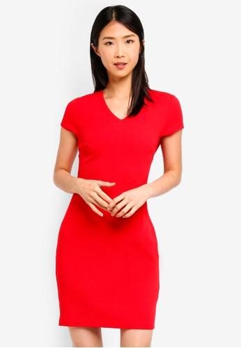 ZALORA BASICS red Basic V-Neck Sheath Dress 9F625AA9BD714BGS_1