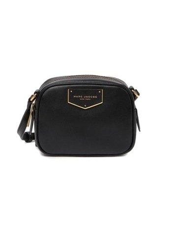 Marc Jacobs black Marc Jacobs Voyager Square Crossbody Bag In Leather Black 696CBACD770BCAGS_1