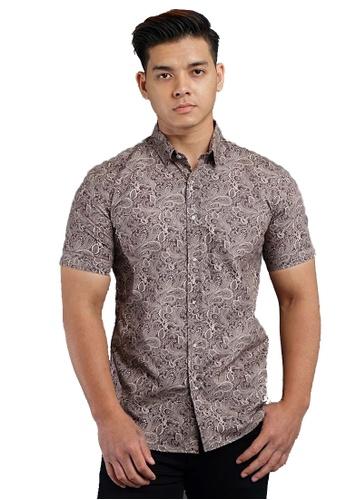 UA BOUTIQUE brown Short Sleeve Shirt Batik SSB117-082 (Dark Brown) 94127AA5EA2B3FGS_1
