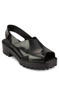 Cosmopolitan 交叉寬帶露趾繞踝涼鞋