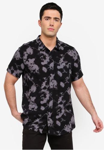 Cotton On 黑色 暈染印花短袖襯衫 F16F6AA0725BF6GS_1