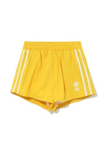MUSIUM DIV yellow Side stripe track shorts A501CAAB6BB2DFGS_1