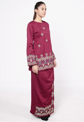 Songket Kurung Red from HESHDITY in Red