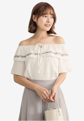 Tokichoi white Floral Embroidered Off Shoulder Top 9DA54AAB7ACB5DGS_1