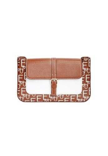 EMO brown Korean fashion Brand‧Handheld‧Shoulder‧Baguette Bag - Camel 5119CACFAA915DGS_1
