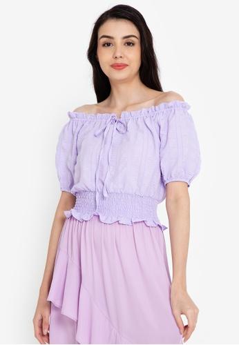 ZALORA BASICS 紫色 露肩細褶腰圍上衣 F6304AAA13E222GS_1