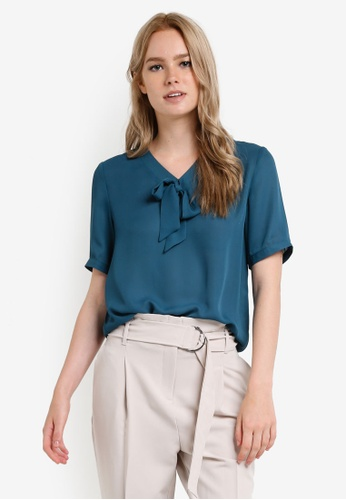 ZALORA green and blue Essential Pussybow Blouse 2A2F8AA95DCC4CGS_1