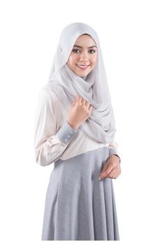 404b64b4353155 EDZ Dayana Ruffle Dress in Moon Beam Ivory RM 227.00